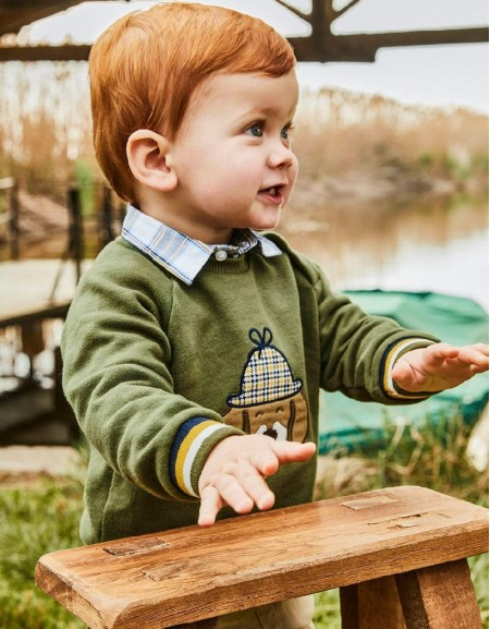 Hunt Green Pullover With Applique