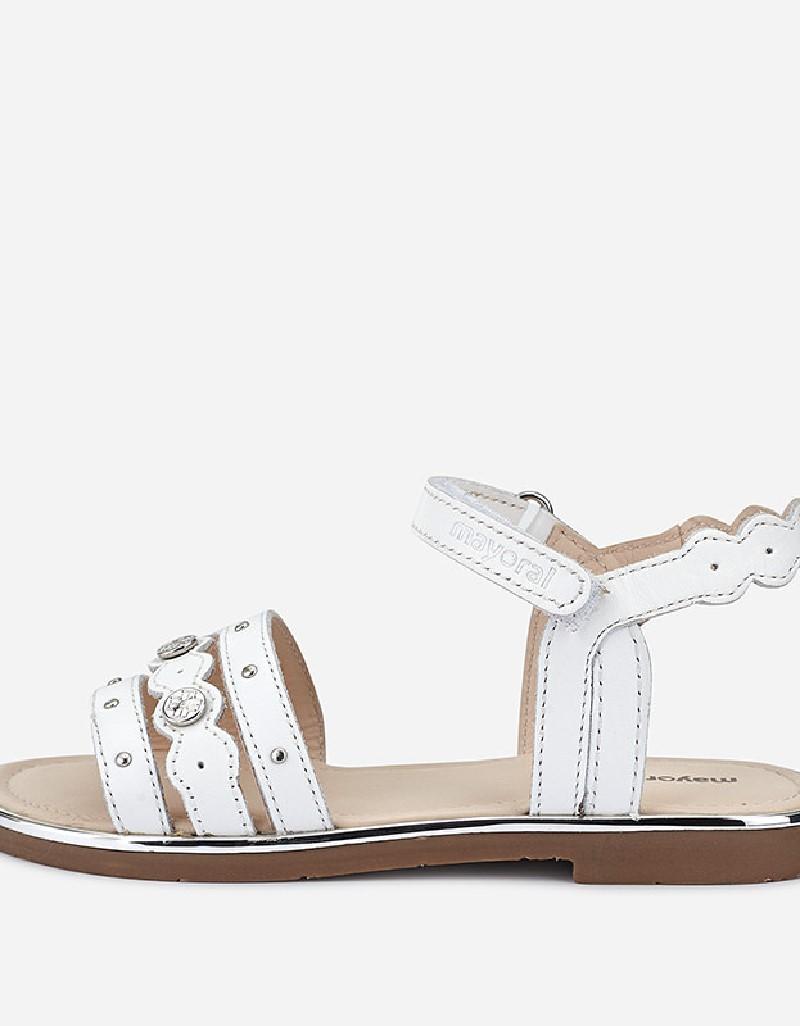 White Sandals wit studs