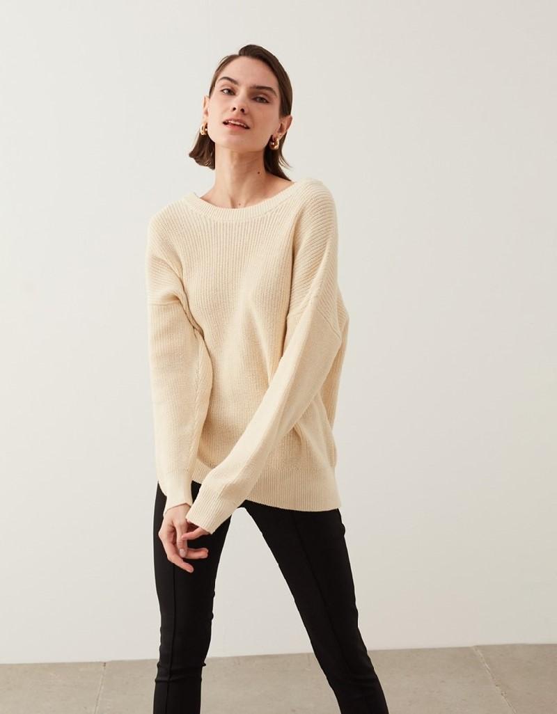 Ecru Low-Cut Back Knitwear