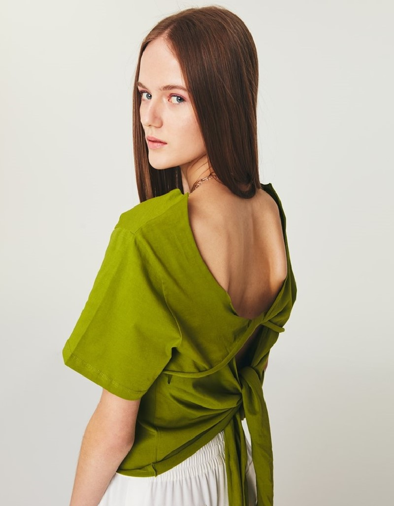 Green Cropped T-Shirt With Back Detail