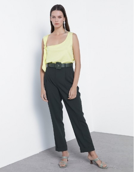 Green Pleated detailed pants