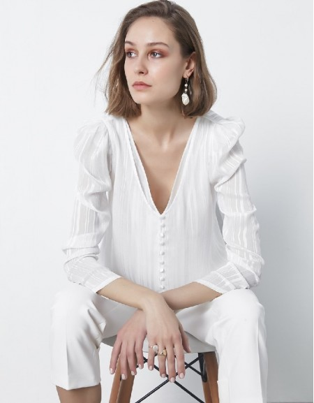 Ecru Button lined blouse