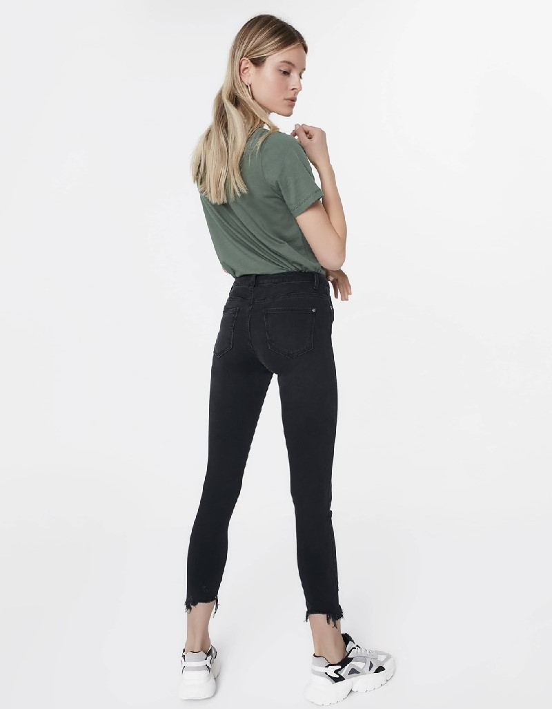 Black Jeans with cuffs in antique look