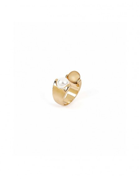 Gold Pearl stone ring