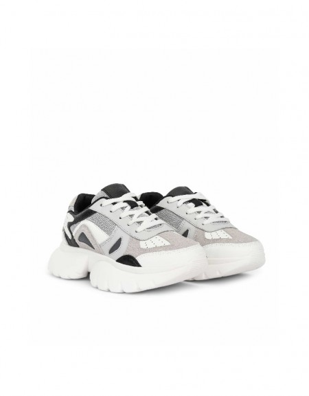 Grey Color transition sneaker