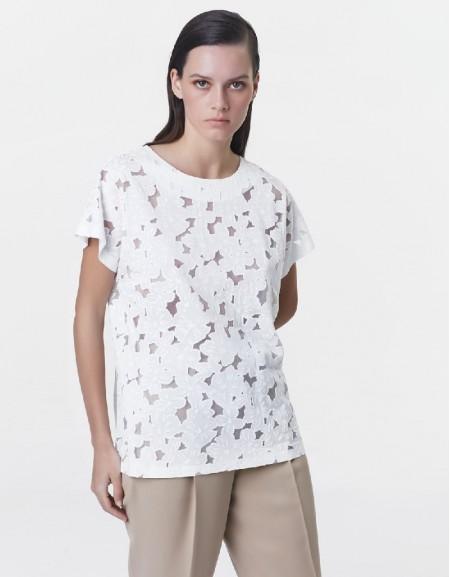 White White embroidery t-shirt