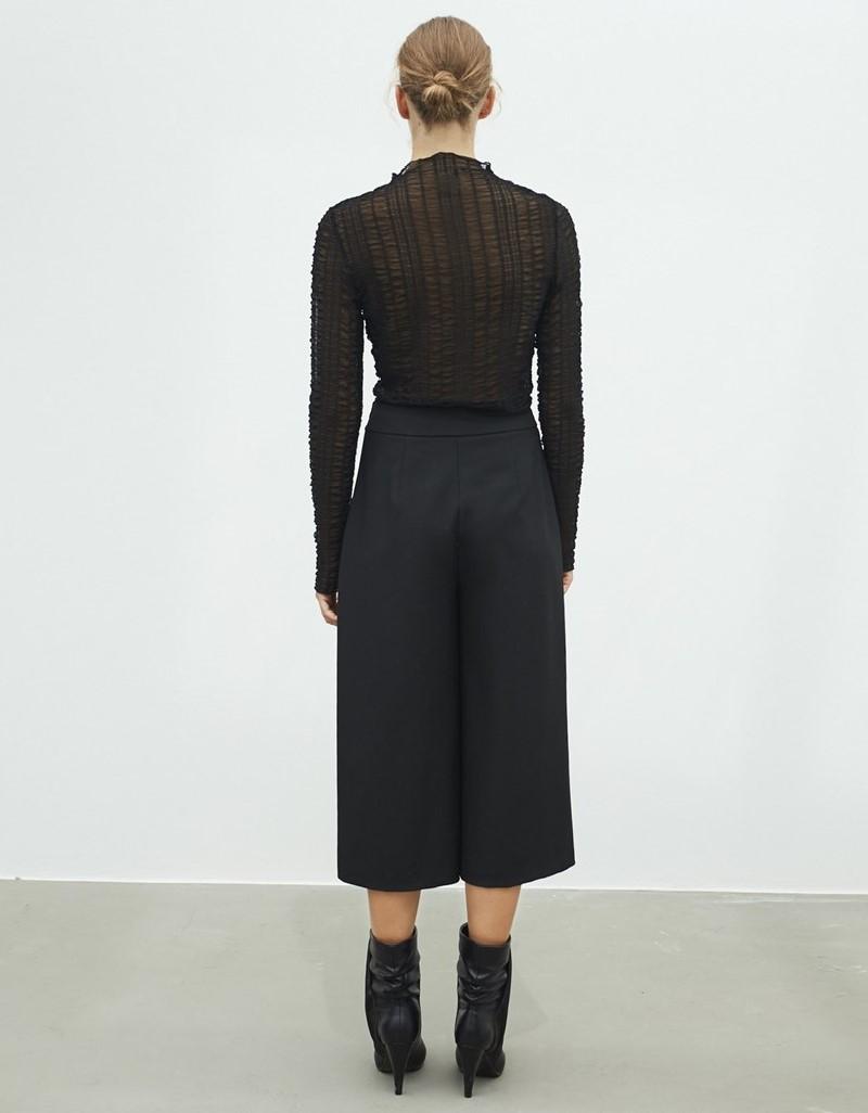 Black Culotte Form Trousers