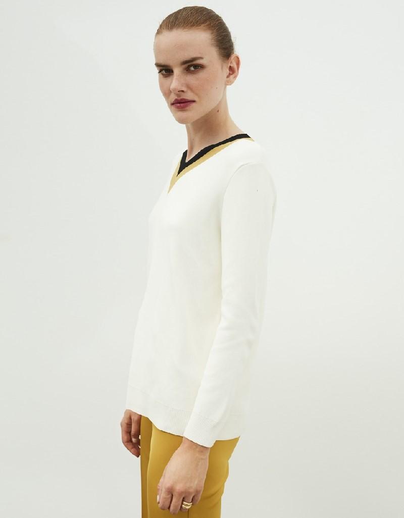 Beige V-Neck Knitwear