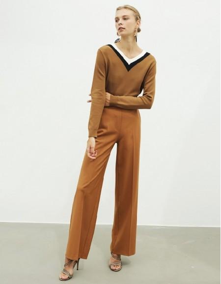 Brown V-Neck Knitwear
