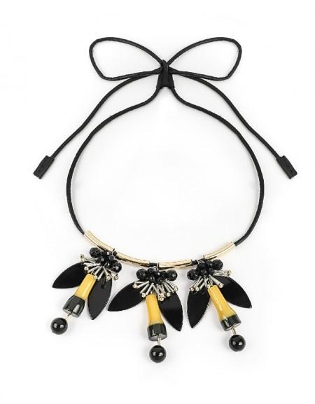 Black Flower Figure Collar Necklace