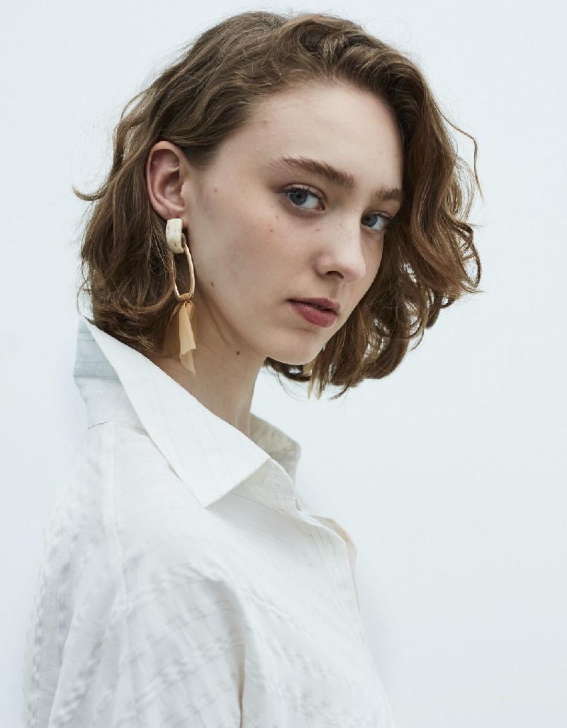 Beige Earring Ecru