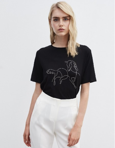 Black Horse Figure Embroidery T-Shirt