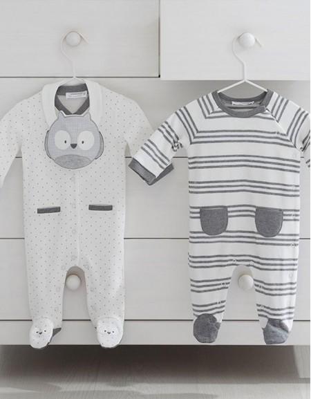 Moon Set Of Two Pyjamas And Bib