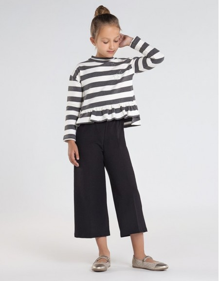 Bright Lea Set With Striped Cropped Trousers