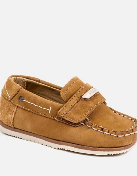 Desert Velcro leather deck shoes