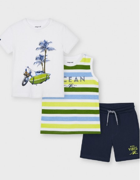 Green Knit Set With 2 T-Shirts