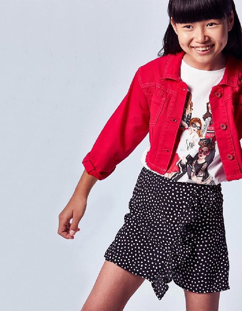 Black Skirt-Shorts Girl
