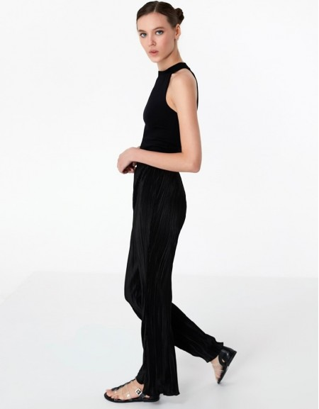 Black Flare Fit Pants