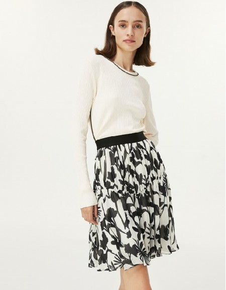 White Floral Pattern Chiffon Skirt