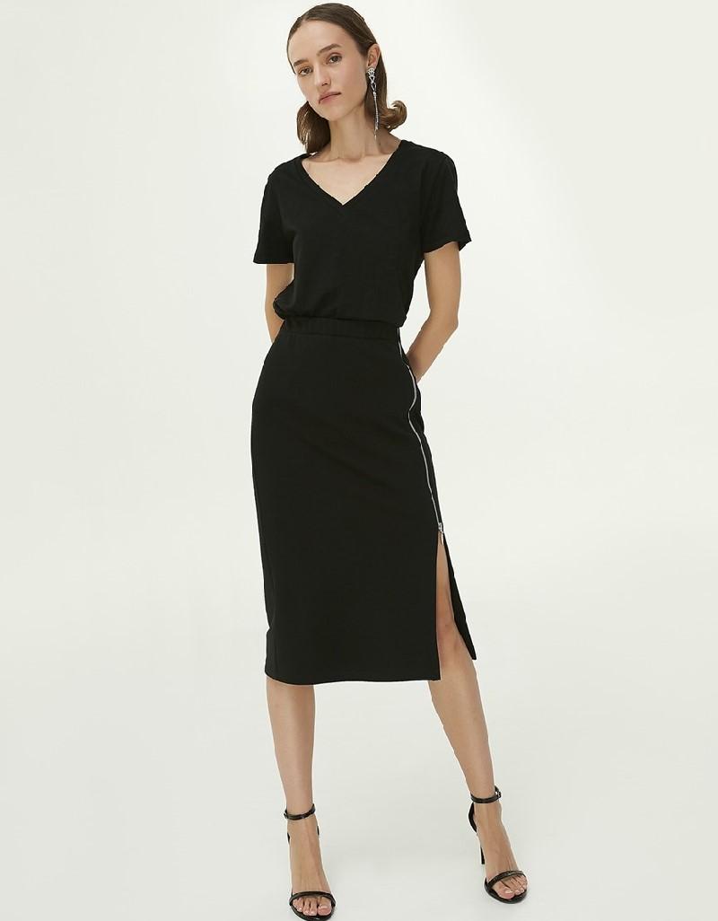 Black Slit Detailed Pencil Skirt