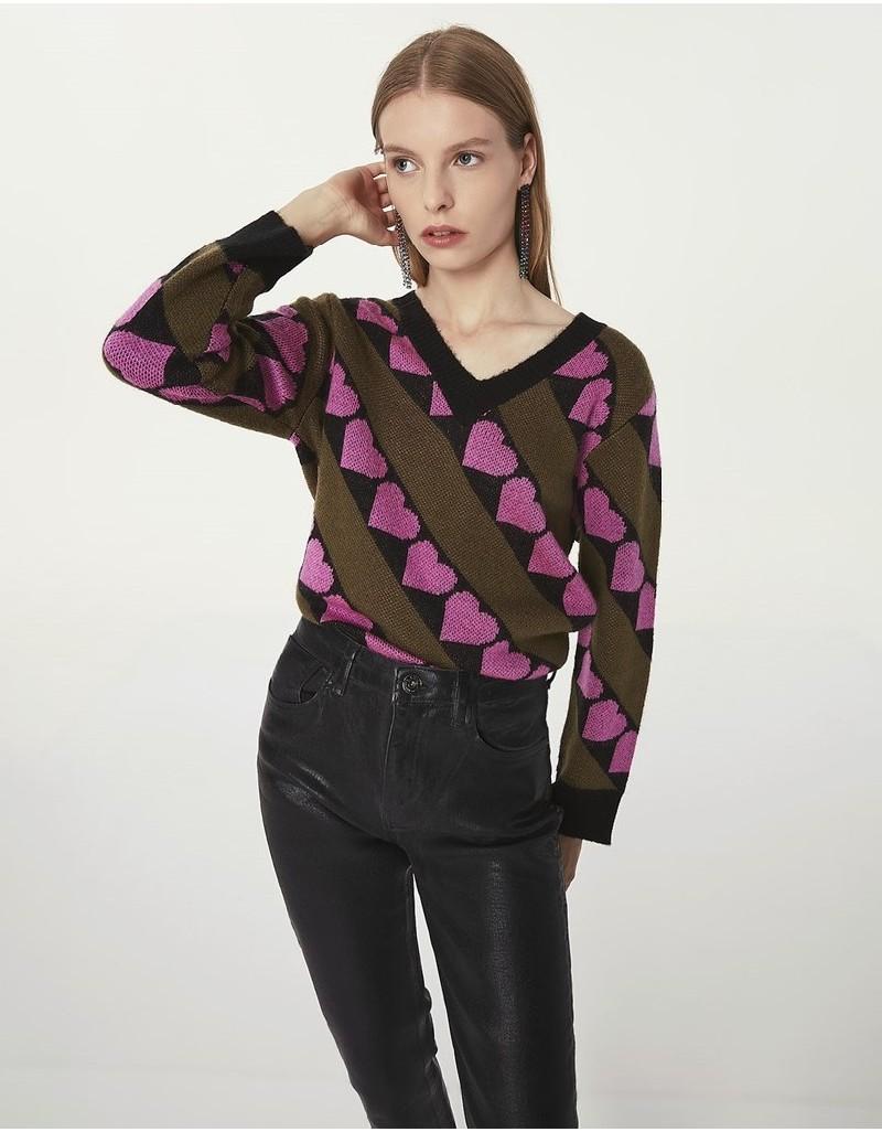 Black Heart Pattern Sweater